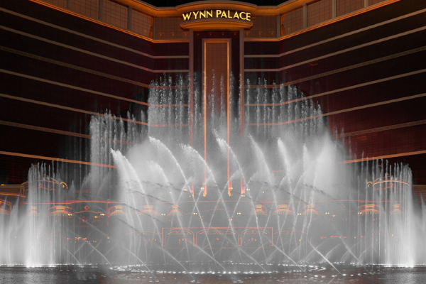 the-wynn-palace-presents-one-of-many-signature-attractions-performance-lake