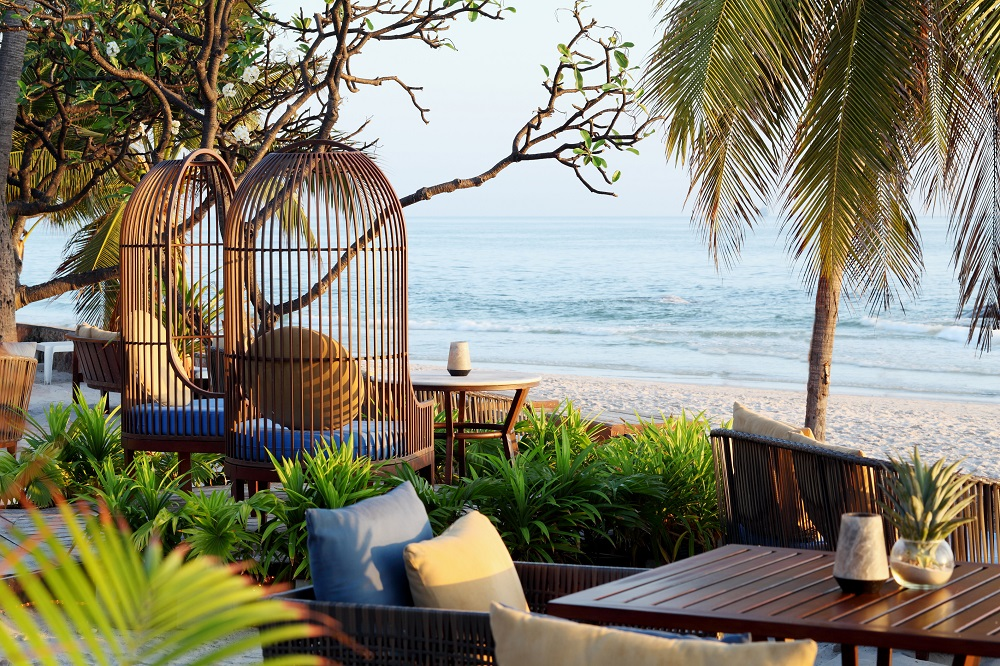COAST Beach Bar & Bistro Hua Hin